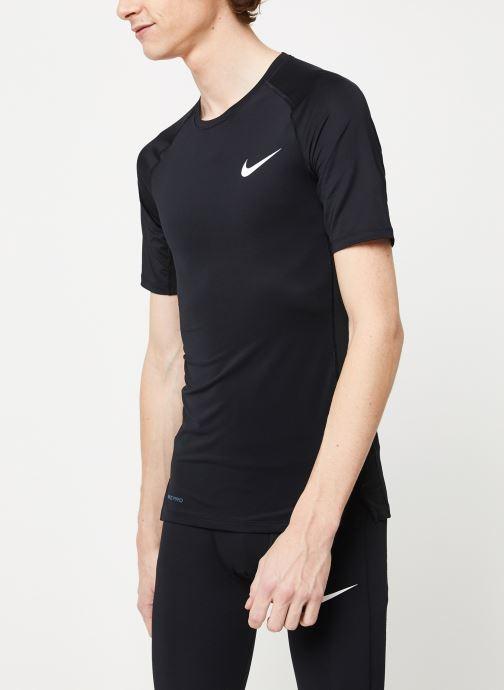 Vêtements Nike M Np Top Ss Tight Noir vue droite