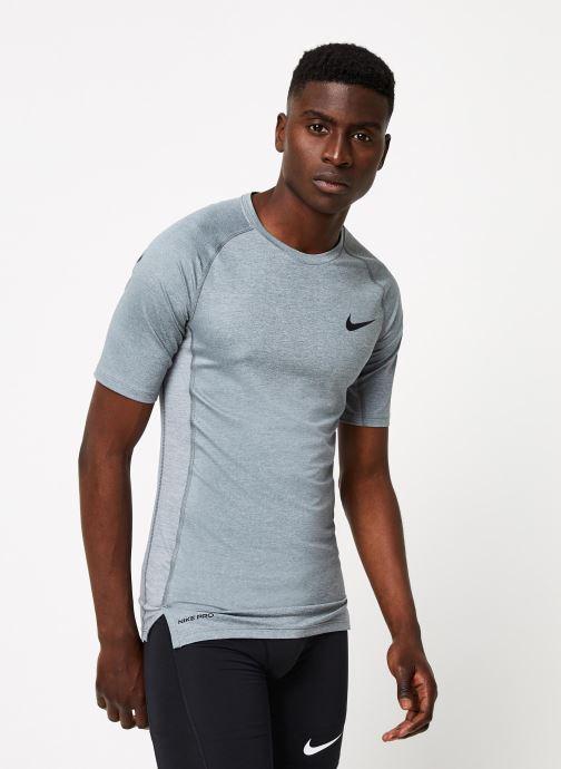 Tøj Nike M Np Top Ss Tight Grå detaljeret billede af skoene
