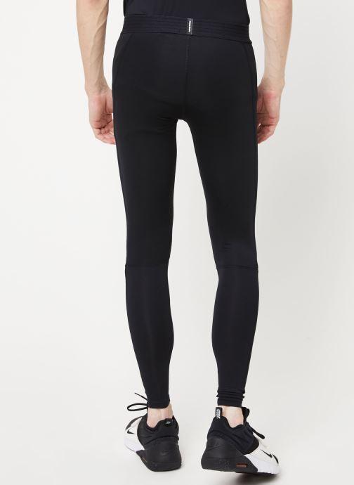 Vêtements Nike M Np Tght Noir vue portées chaussures