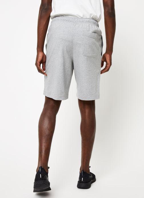 Vêtements Nike M Nsw Club Short Jsy Gris vue portées chaussures
