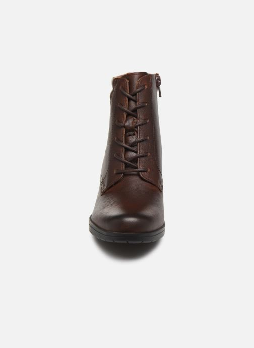 Ankle boots Clarks Hollis Jasmine Brown model view