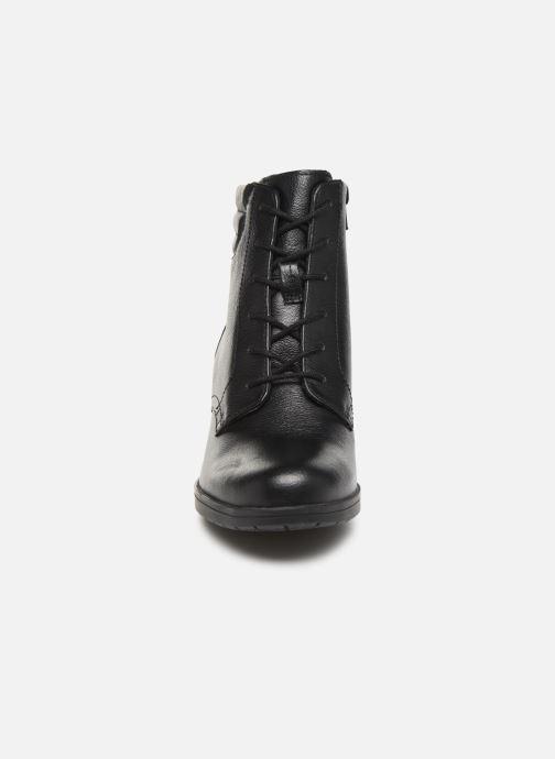 Bottines et boots Clarks Hollis Jasmine Noir vue portées chaussures