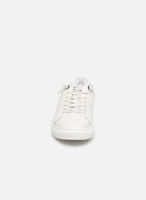 Baskets Levi's Vernon S Blanc vue portées chaussures