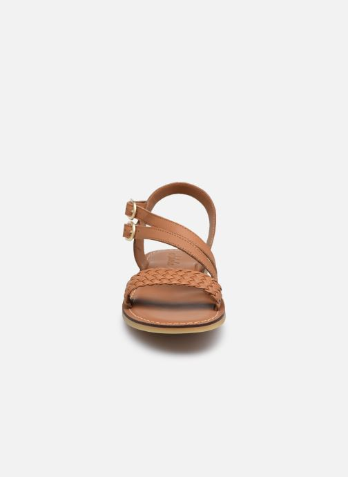 Sandali e scarpe aperte Adolie Lazar Megh Marrone modello indossato