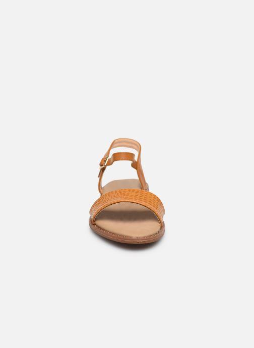 Sandali e scarpe aperte I Love Shoes CAUZY Giallo modello indossato