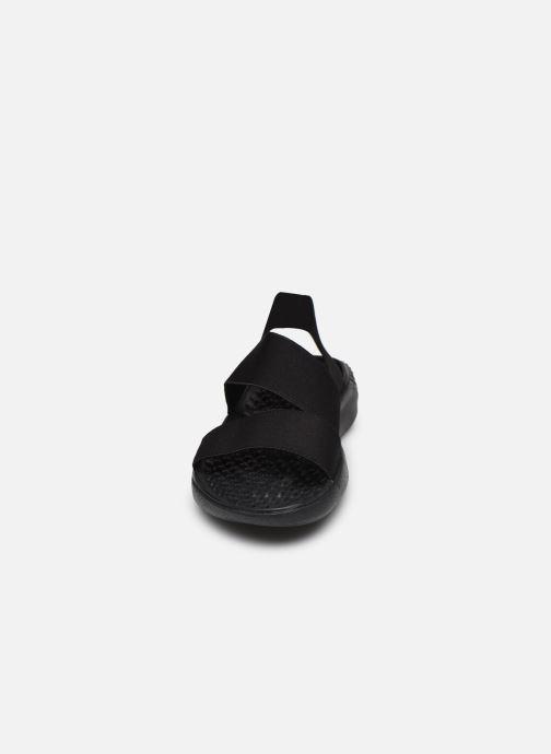 Sandalen Crocs LiteRide Stretch Sandal W schwarz schuhe getragen