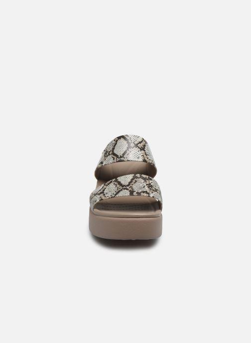 Clogs & Pantoletten Crocs Crocs Brooklyn Mid Wedge W grau schuhe getragen