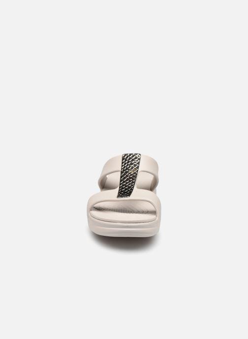 Zoccoli Crocs Crocs Monterey Metallic Wedge W Argento modello indossato