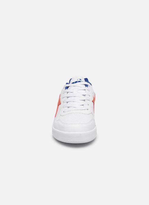 Baskets Diadora Playground Gs Blanc vue portées chaussures