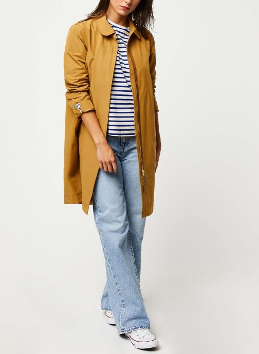 Vêtements Scotch & Soda Classic trench coat with special detailing Beige vue bas / vue portée sac