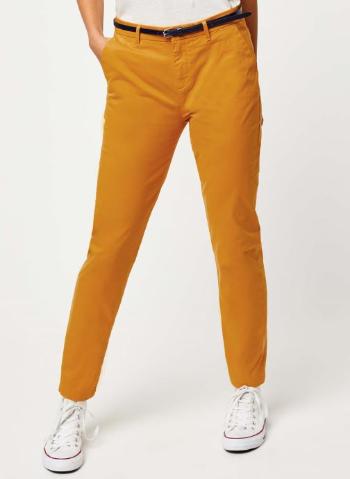 Vêtements Scotch & Soda Ams Blauw slim fit chino in stretch twill with belt Jaune vue détail/paire