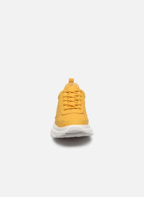 Baskets I Love Shoes THOLEO Jaune vue portées chaussures