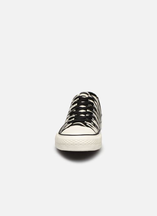 Sneaker I Love Shoes THEZEBRA weiß schuhe getragen