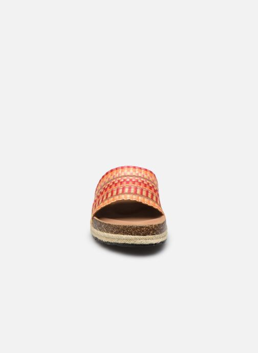 Zuecos I Love Shoes THEBED Naranja vista del modelo