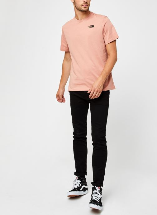 Vêtements The North Face M S/S REDBOX TEE Rose vue bas / vue portée sac