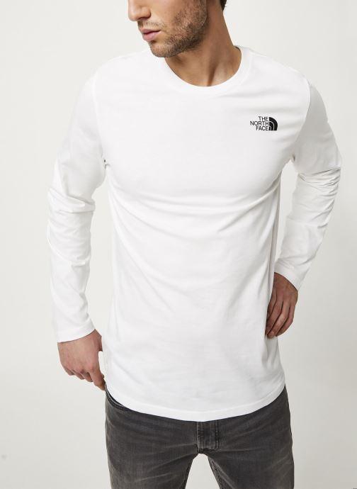 Vêtements The North Face M L/S EASY TEE Blanc vue détail/paire