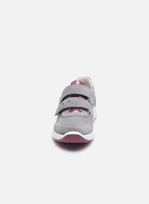 Sneakers Superfit Merida Grigio modello indossato