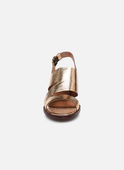 Sandales et nu-pieds Anonymous Copenhagen BRITTA 55 Or et bronze vue portées chaussures