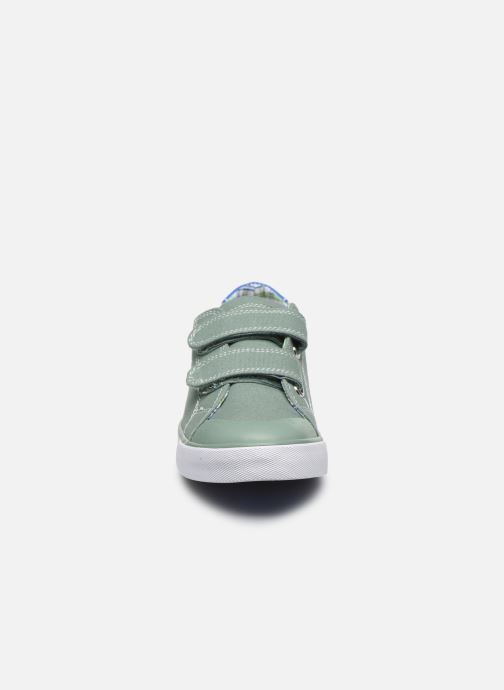 Sneaker Pablosky Baskets Lifestyle grün schuhe getragen