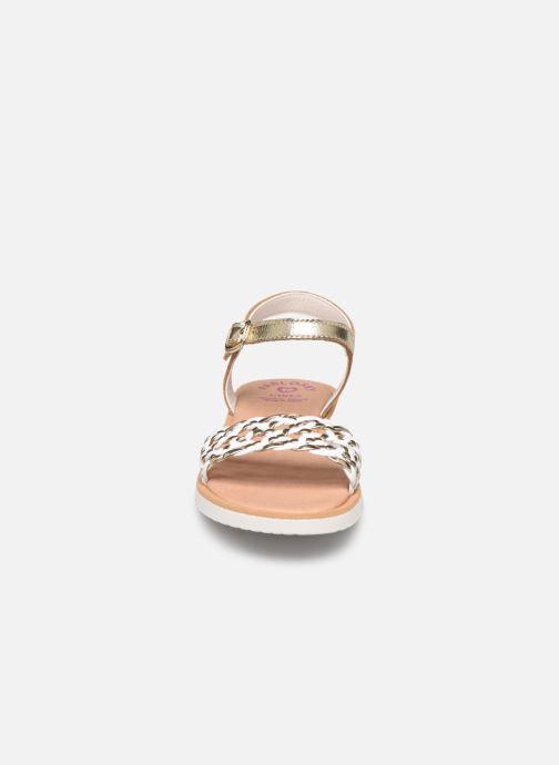 Sandali e scarpe aperte Pablosky Sandales Oro e bronzo modello indossato