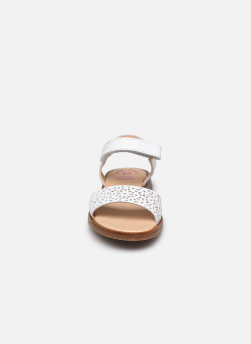 Sandalen Pablosky Sandales weiß schuhe getragen
