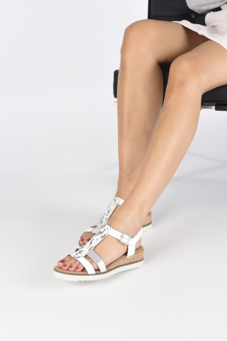 Sandales et nu-pieds Gabor SHIRAZE Blanc vue bas / vue portée sac