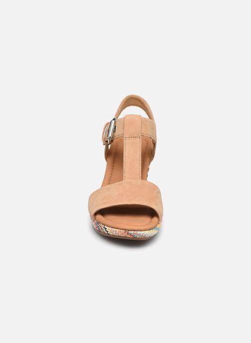 Sandali e scarpe aperte Gabor SOHEILA Beige modello indossato