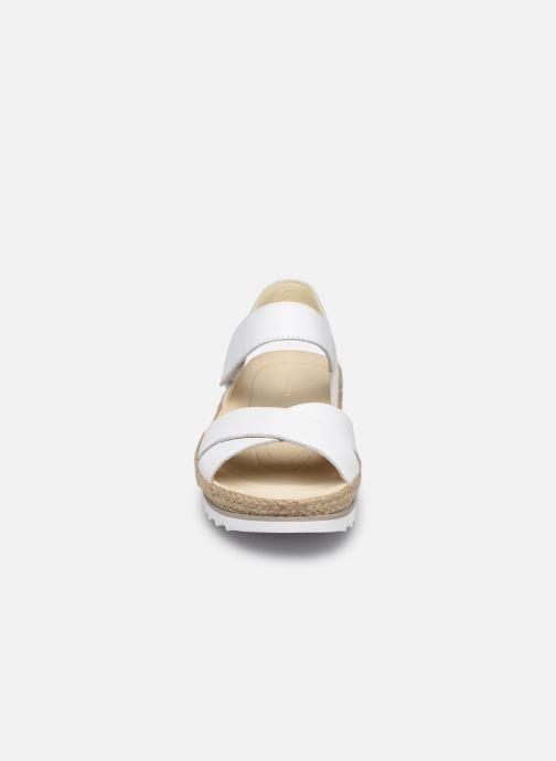 Sandales et nu-pieds Gabor MAONA Blanc vue portées chaussures