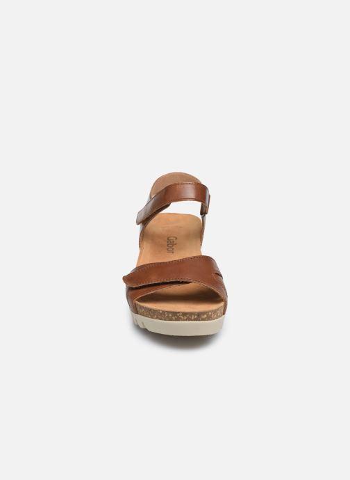 Sandales et nu-pieds Gabor MAIMA Marron vue portées chaussures