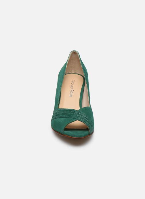Zapatos de tacón Georgia Rose Lucina Verde vista del modelo