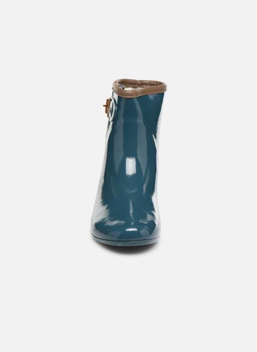 Stivali Gioseppo Ciclon Azzurro modello indossato