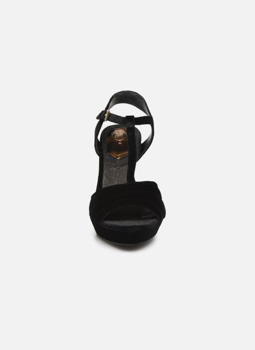 Sandales et nu-pieds Gioseppo 42025 Noir vue portées chaussures