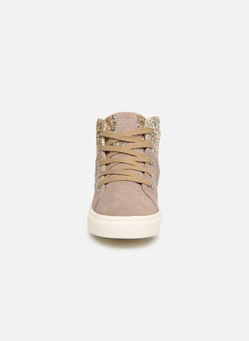 Baskets Gioseppo 46737 Beige vue portées chaussures