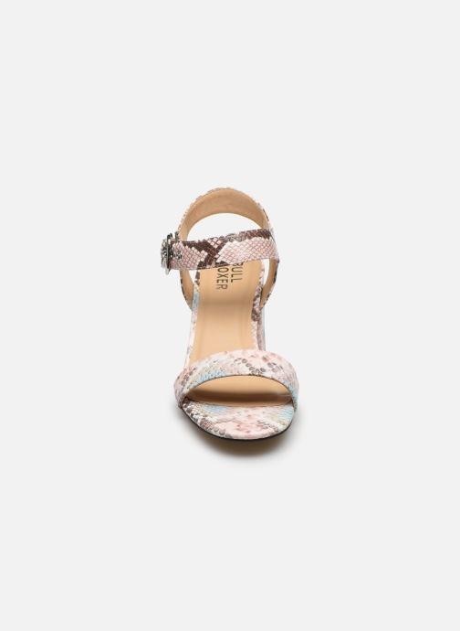 Sandali e scarpe aperte Bullboxer 041002F2S Multicolore modello indossato