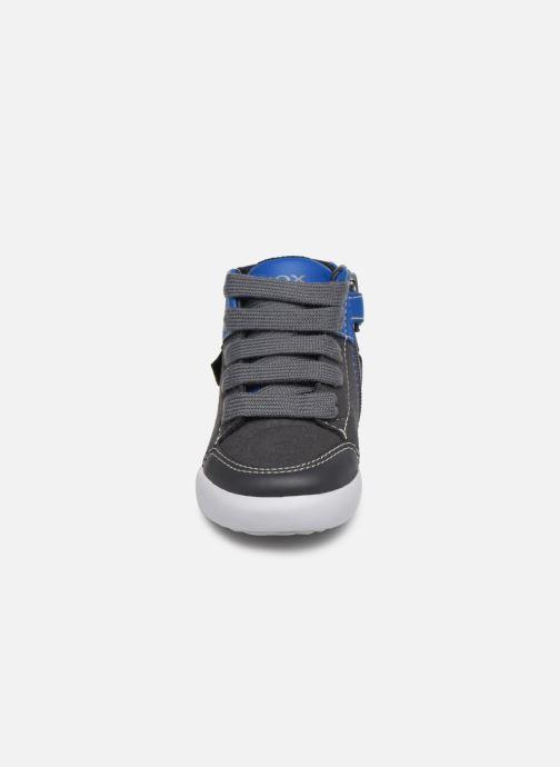 Baskets Geox B Gisli Boy  B741NB Gris vue portées chaussures