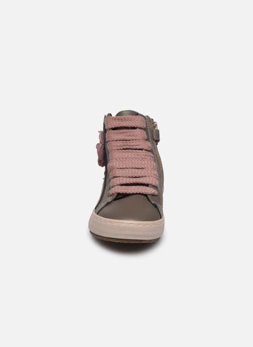 Baskets Geox J Kalispera Girl J844GC Gris vue portées chaussures