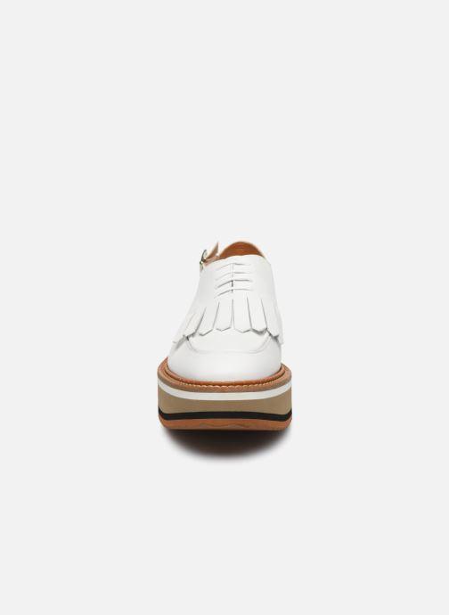 Mocassins Clergerie BUNNY Blanc vue portées chaussures