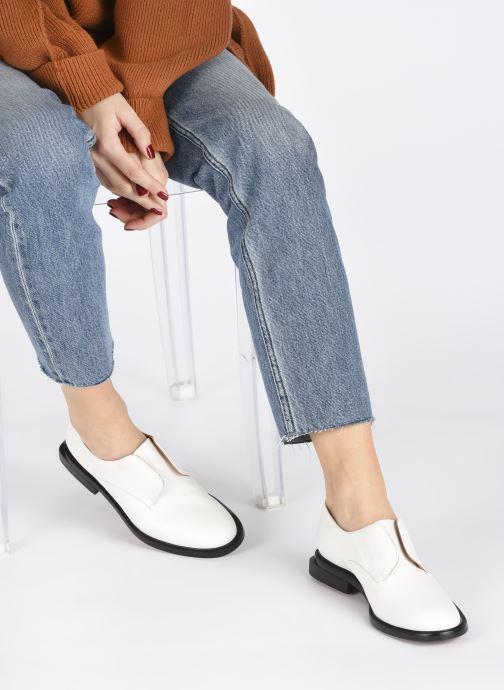 Chaussures à lacets Clergerie RAYANNE Blanc vue bas / vue portée sac