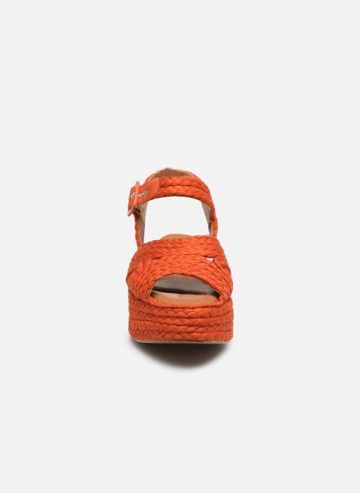 Sandali e scarpe aperte Clergerie ALDA Arancione modello indossato