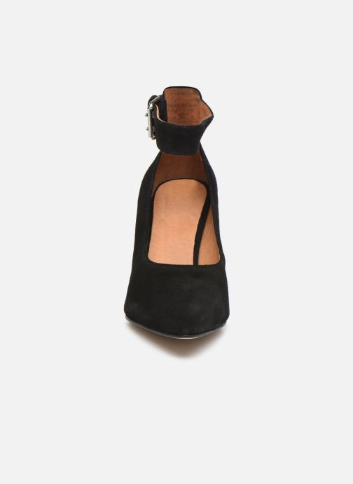 Décolleté Shoe the bear JANE ANKLE S Nero modello indossato