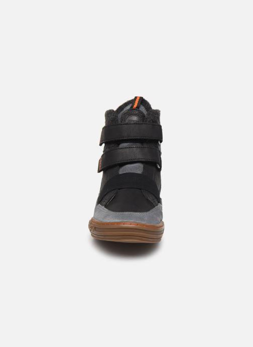 Baskets Kickers Jinglesho Noir vue portées chaussures