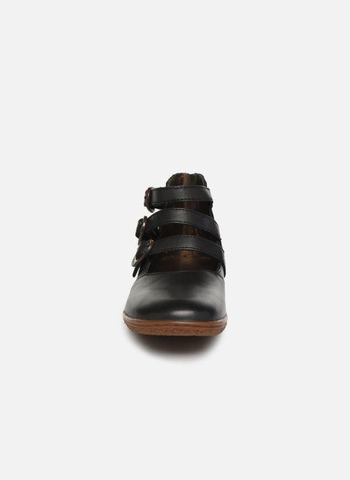 Ballerines Kickers Vegbecky Noir vue portées chaussures