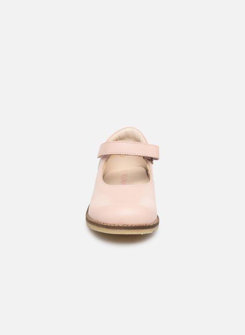 Ballerines Kickers Noaya Rose vue portées chaussures