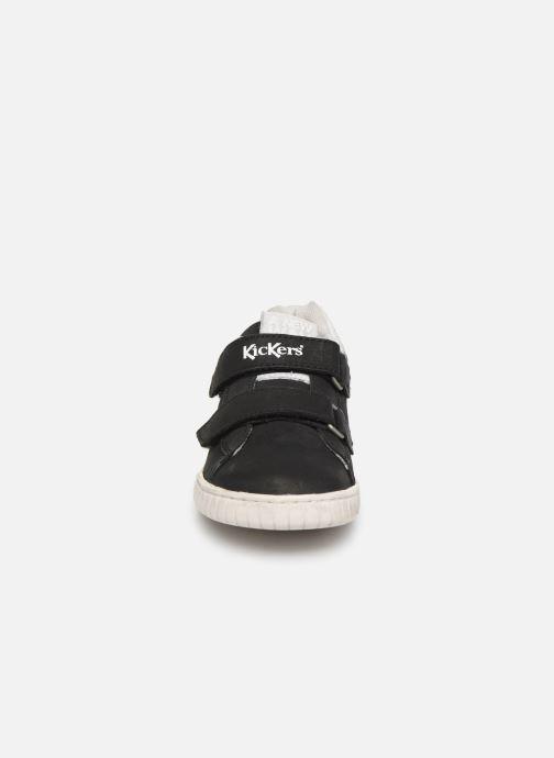 Baskets Kickers Wizz Noir vue portées chaussures