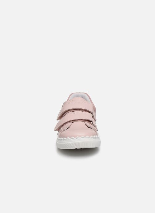 Sneakers I Love Shoes JOCROK LEATHER Rosa modello indossato