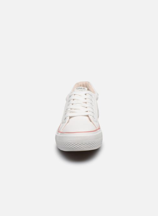 Sneakers ONLY ONLSAILOR PU DETAIL SNEAKER Wit model
