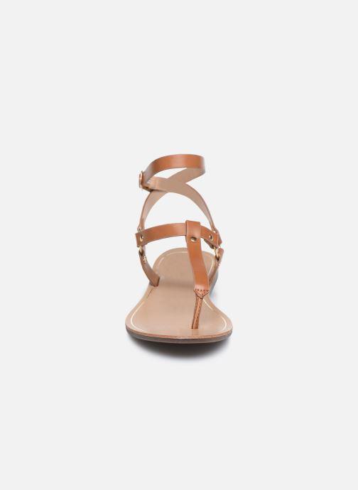 Sandalen ONLY ONLMATHILDA PU CROC SLIP ON braun schuhe getragen