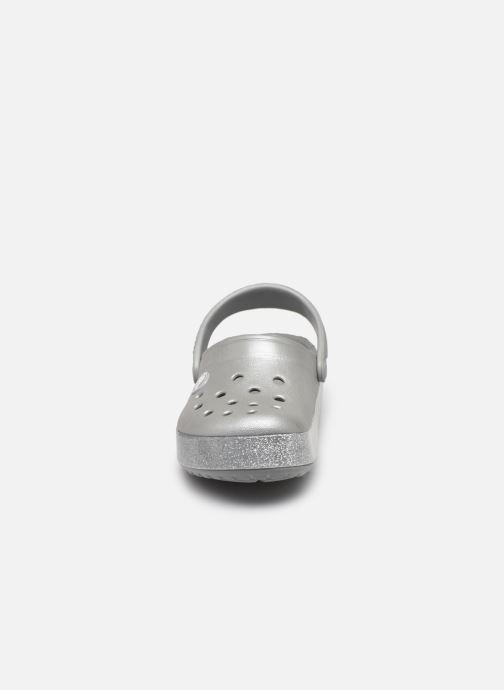Sandalen Crocs Crocband Glitter Clog Kids grau schuhe getragen