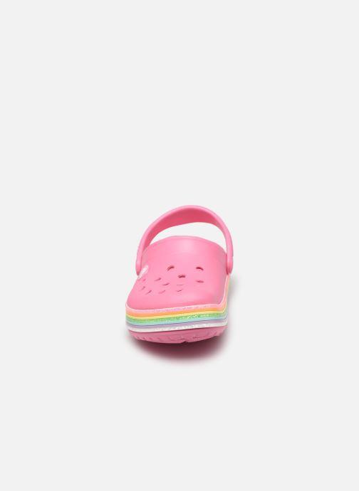 Sandali e scarpe aperte Crocs Crocband Rainbow Glitter Kids Rosa modello indossato