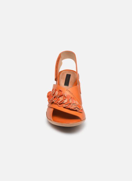 Sandalias Neosens Mulata S624 Naranja vista del modelo